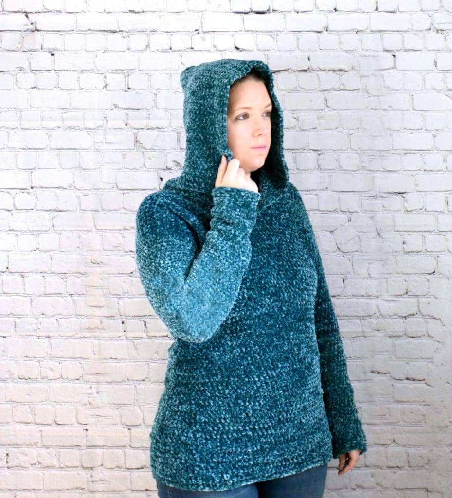 velvet crochet hooded pullover
