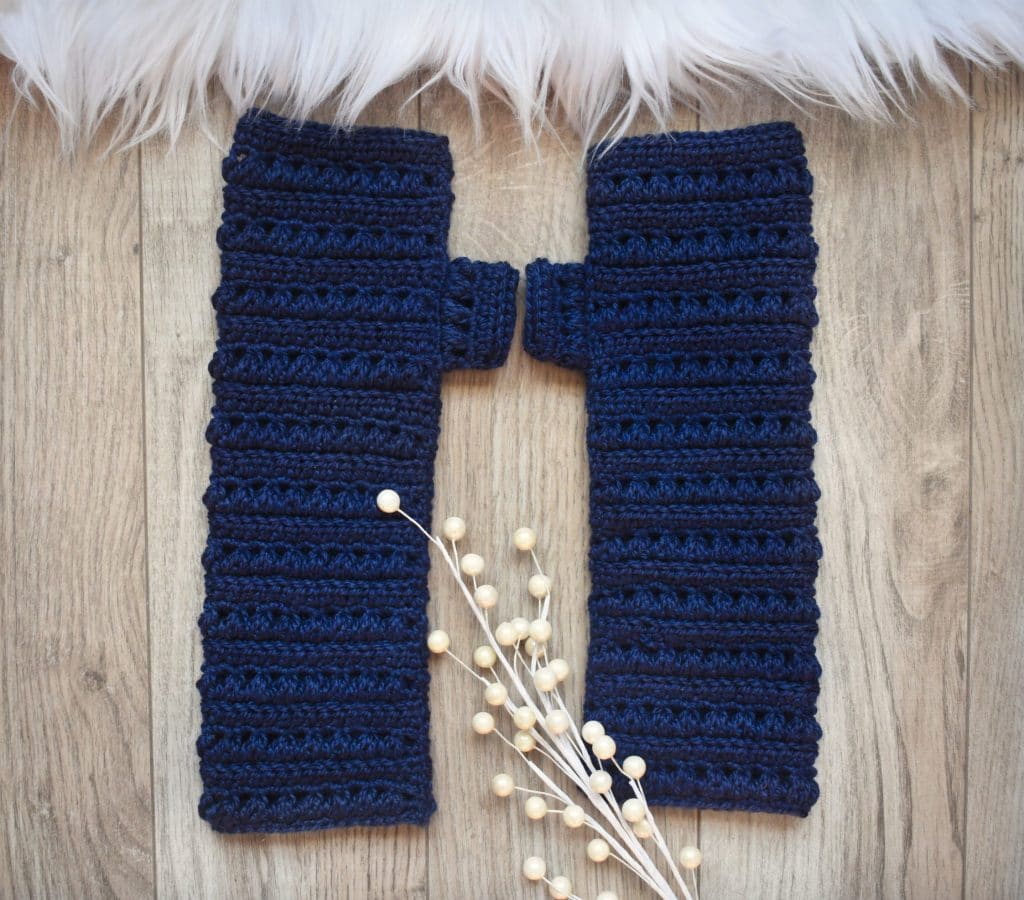 mattina crochet fingerless gloves